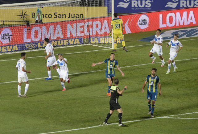 Photo of Vélez le ganó a Rosario Central y se quedó con la Zona Complementación