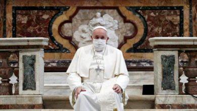 Photo of Francisco se vacunó contra el coronavirus en el Vaticano