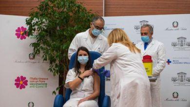 Photo of Al menos 25 trabajadores de la salud fueron suspendidos en Italia por no estar vacunados